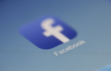 Image: Four Tips to Outsmart the Facebook Newsfeed Armageddon